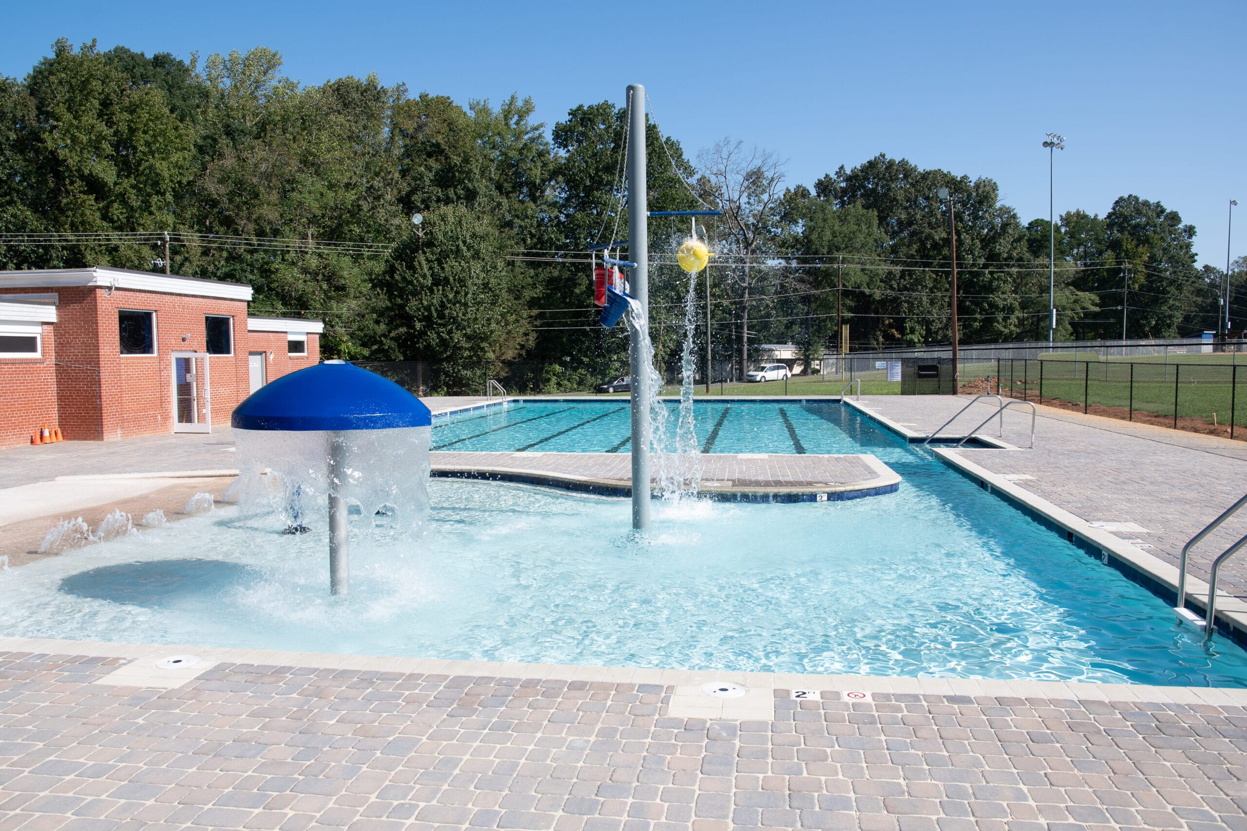 Bray Park Aquatic Facility by the Town of Siler City